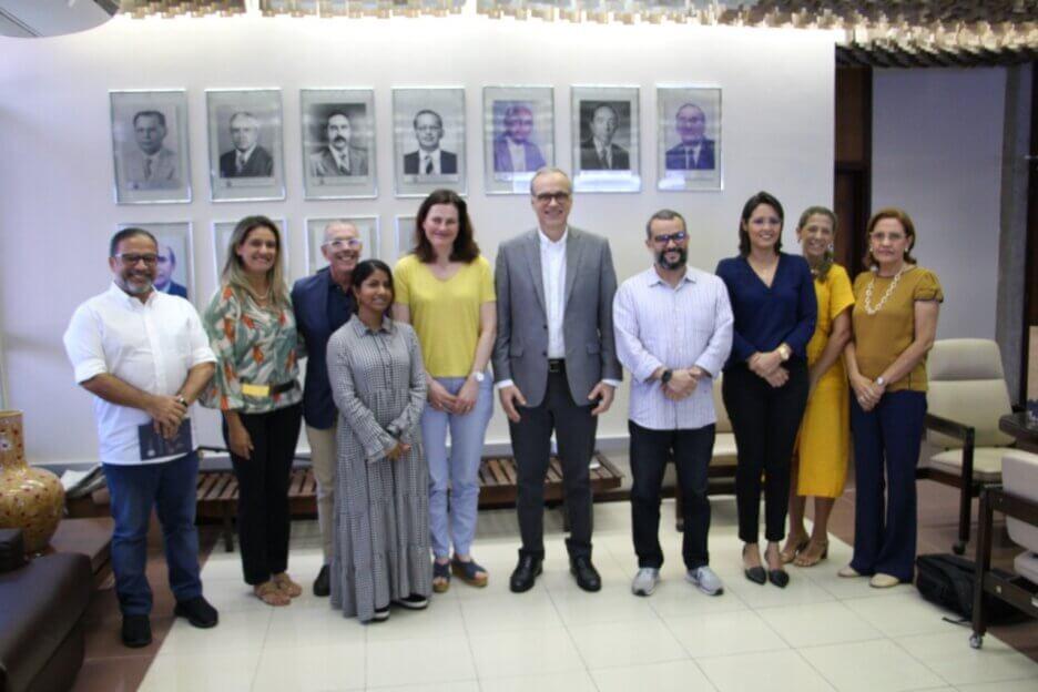 Reitor da UFRN recebe comissão organizadora da 29ª Conferência Mundial de Aprendizagem Online